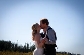 FARMHOUSE WEDDING PHOTOGRAPHY