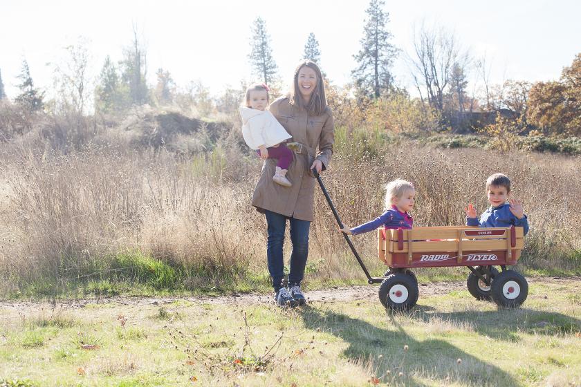 FAMILY PORTRAIT PHOTOGRAPHY HOOD RIVER