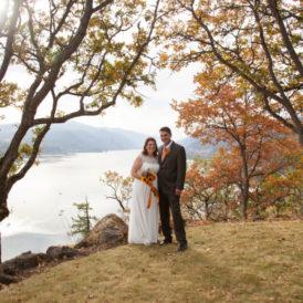 ELOPEMENT WEDDING PHOTOGRAPHY HOOD RIVER